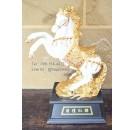 ของขวัญมงคลแต่งบ้าน ม้าขาวทองยกขา ทำจากเรซิ่นลงสีประดับพลอยสวย